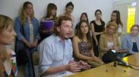 <p>Estudiantes y egresados del ISESS piden a los diputados que destraben el conflicto</p>