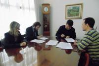 <p>Firmaron convenio con el Instituto Superior de Estudios Sicopedag&oacute;gicos y Sociales</p>